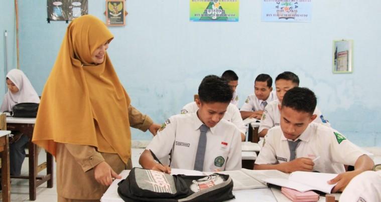 Upgrading Profesionalitas Guru Madrasah sebagai Murobbi